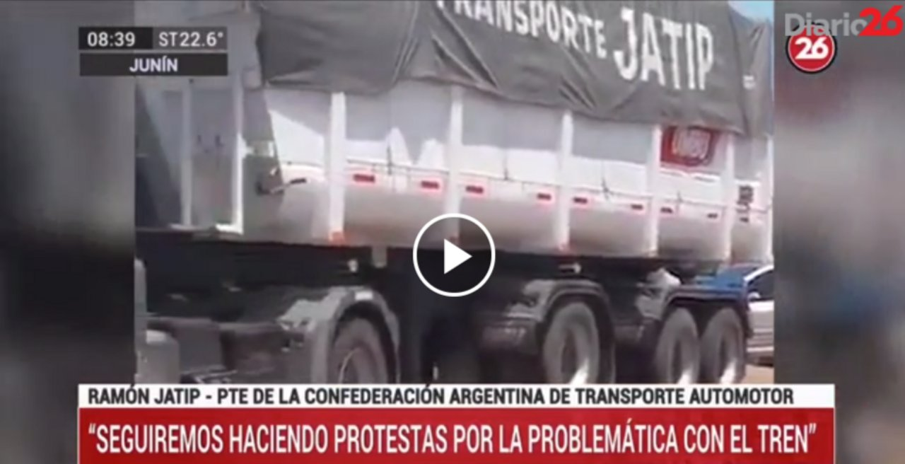 """Imagen de uno de los camiones presentes en la protesta de noviembre en donde se puede ver la inscripción """"Jatip"""" en uno de los camiones del titular de la Catac. Fuente: Diario26"""