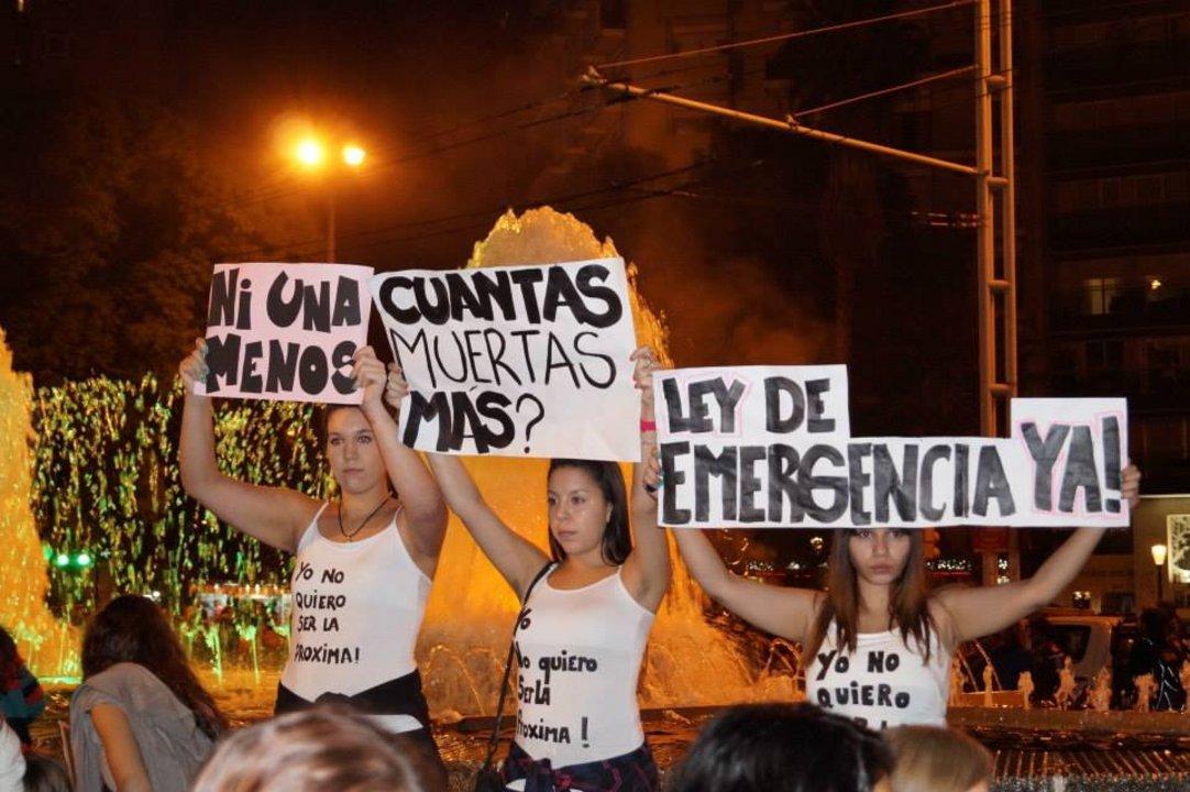 Una imagen de la primera marcha Ni Una Menos en Córdoba, junio de 2015. (Rocío Curtti)