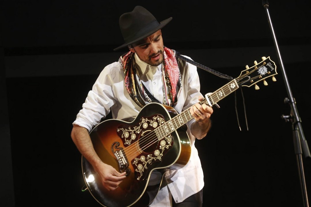 Cien años de Abel Pintos nominada como mejor canción