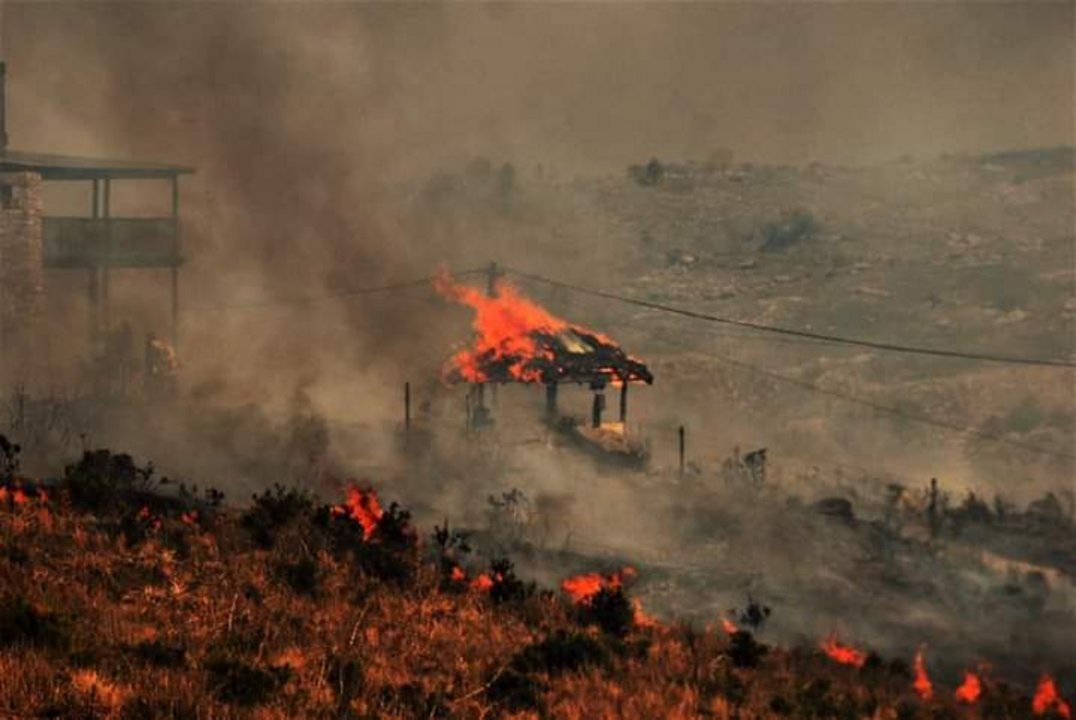 El momento en el que una estructura se prendía fuego.
