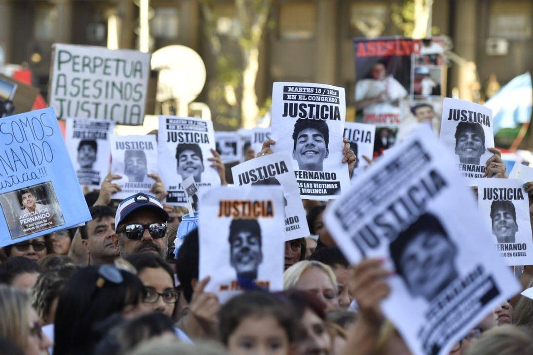 Una de las multitudinarias marchas que se realizaron para pedir Justicia por Fernando