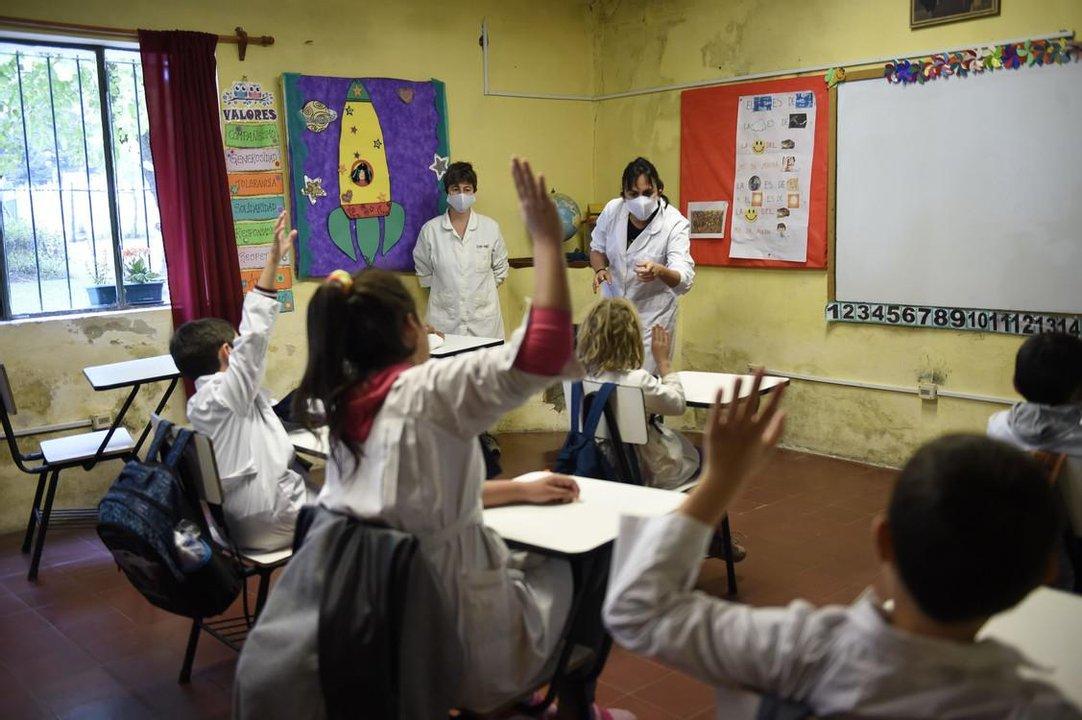 Garantizar la presencialidad en las aulas es el mayor desafío de las provincias